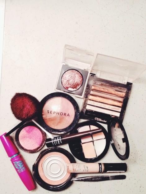 dara's makeup bag