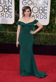 Rachel Bloom In custom Christian Siriano dress, H. Stern jewelry, and Salvatore Ferragamo clutch.