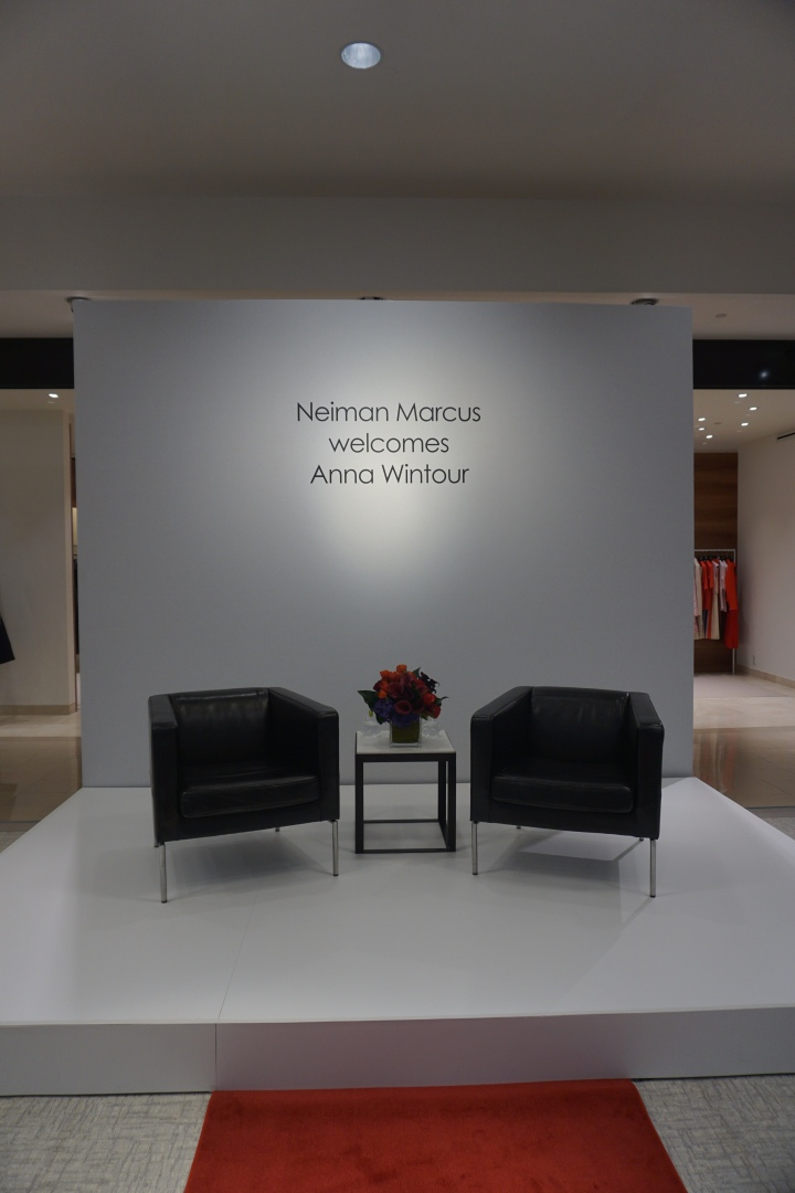 BREAKFAST WITH ANNA WINTOUR & KEN DOWNING AT NEIMANMARCUS.